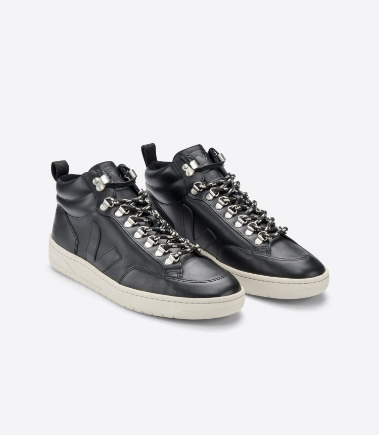 RORAIMA LEATHER BLACK PIERRE SOLE